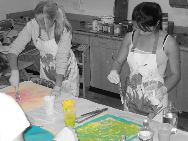 painting_students